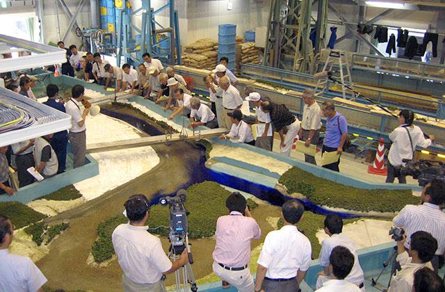 河川模型 景観水理模型実験