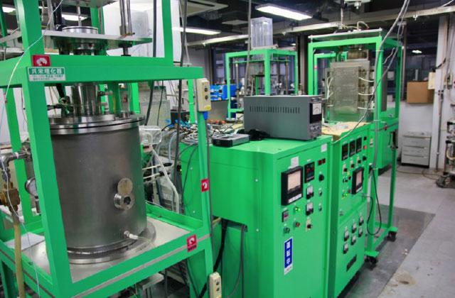 高温酸化物および金属融体の物理化学的性質の評価装置群